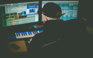 The Best Software Apps For Music Producers